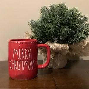 Rae Dunn Red MERRY CHRISTMAS Mug 🎅